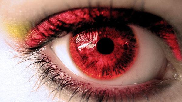 Красные глаза после линз